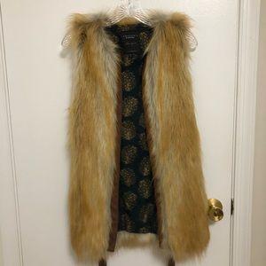 Sanctuary clothing faux fur vest in XS